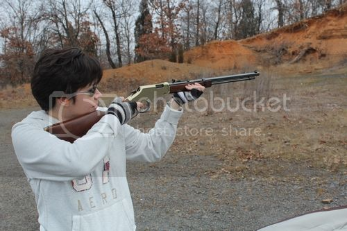 Shooting The Henry Lever Action 22
